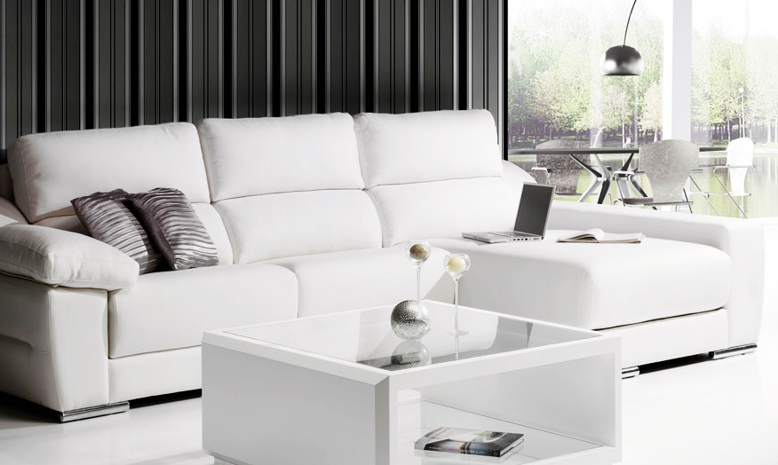 Sof s peque os con chaise longue for Sofas chaise longue de piel