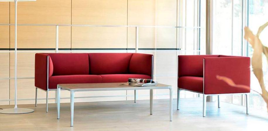 Sof moderno para salones peque os im genes y fotos for Sofas modernos para espacios pequenos